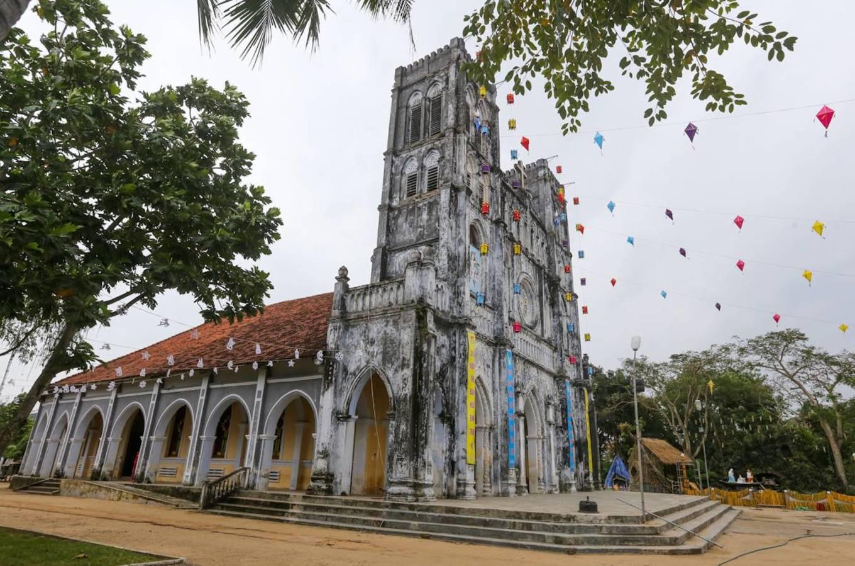 Nhà thờ Mằng Lăng nơi lưu giữ cuốn sách quốc ngữ đầu tiên - 2