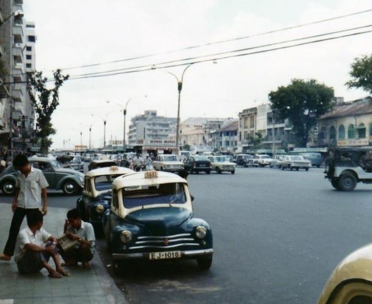 Sài Gòn xưa: Chuyện taxi con cóc - 11