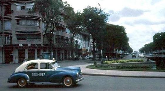Sài Gòn xưa: Chuyện taxi con cóc - 8