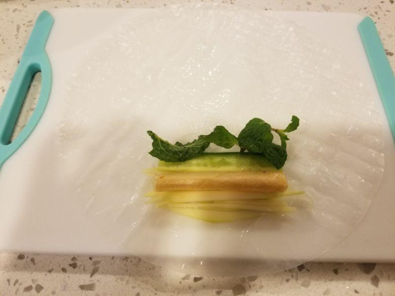 Tôm nướng xoài xanh cuốn - 3