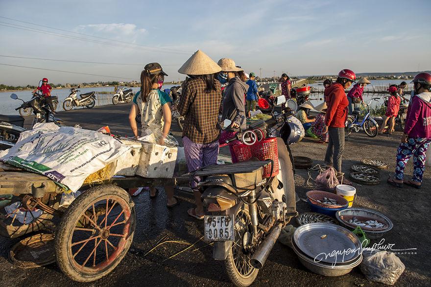 Ghé thăm Văn Quất Động – làng chài yên bình ở Huế - 17