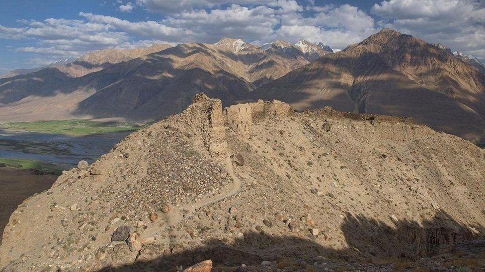 Xa lộ Pamir, cung đường hoang sơ và hào hùng nhất thế giới - 3