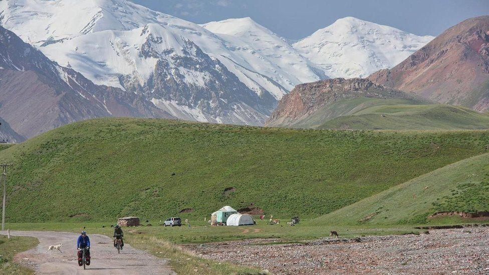 Xa lộ Pamir, cung đường hoang sơ và hào hùng nhất thế giới - 2