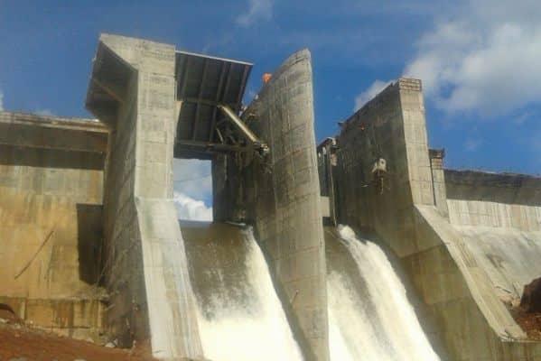 Tăng nhập khẩu điện từ Lào - 1