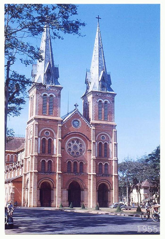 Hình ảnh nhà thờ Đức Bà Sài Gòn lúc  mới xây - 7