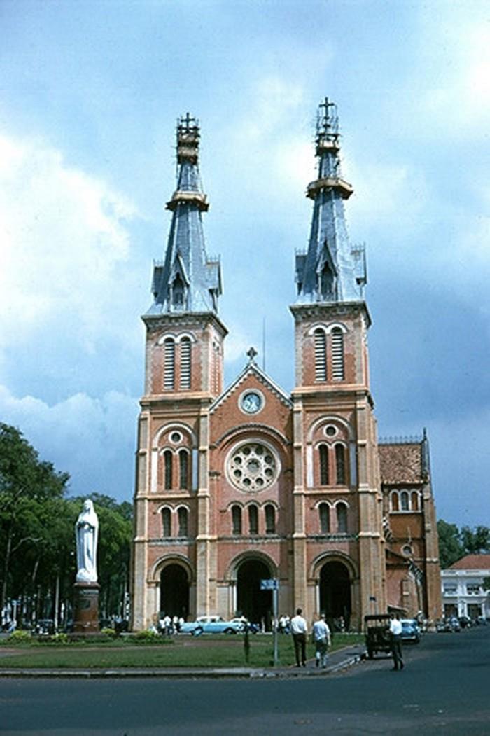 Hình ảnh nhà thờ Đức Bà Sài Gòn lúc  mới xây - 10