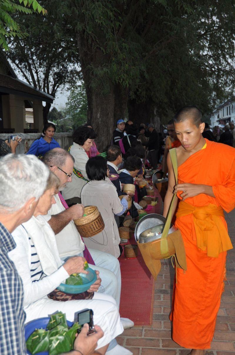 Luang Prabang, nơi chưa bị con người tàn phá nhiều - 4