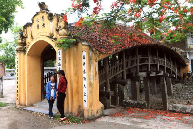 Những cây cầu ngói đẹp ở Việt Nam - 5
