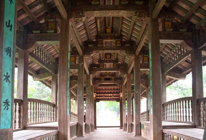 Những cây cầu ngói đẹp ở Việt Nam - 4