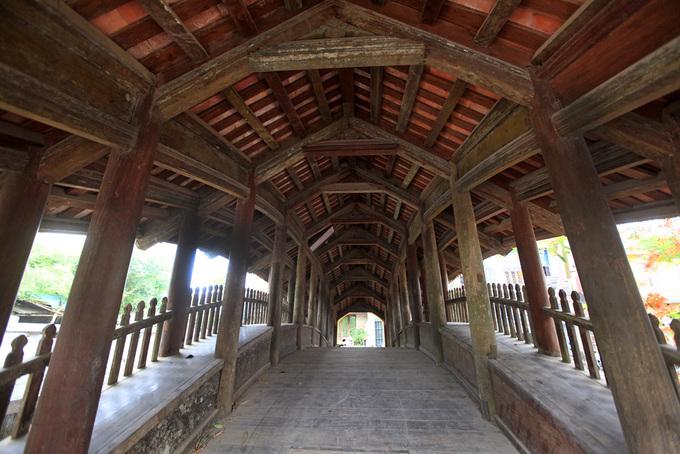 Những cây cầu ngói đẹp ở Việt Nam - 6
