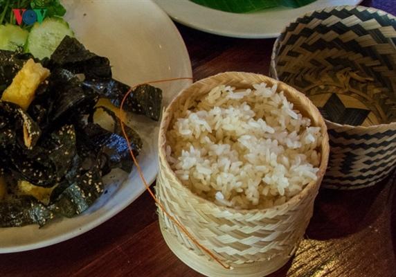 Ăn gì khi lang thang đất nước Triệu Voi - 2