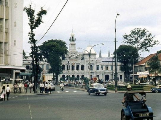 Lịch sử đường Nguyễn Huệ - 14