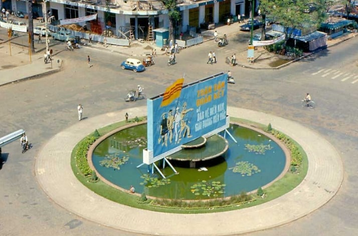 Lịch sử đường Nguyễn Huệ - 16