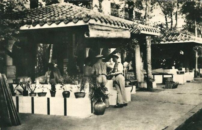 Lịch sử đường Nguyễn Huệ - 11