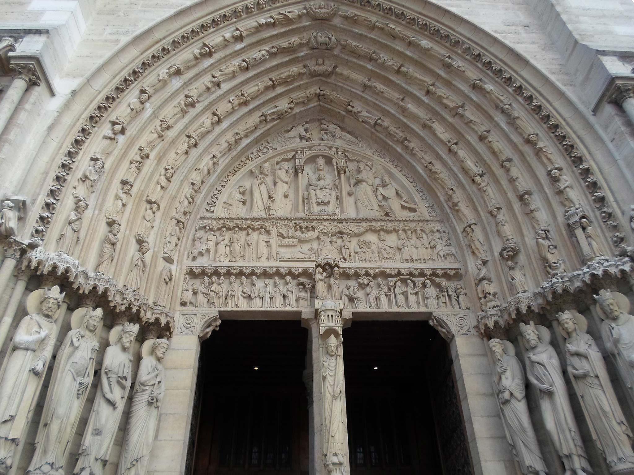 Một số điều có thể bạn chưa biết về Nhà thờ Đức Bà Paris - 2