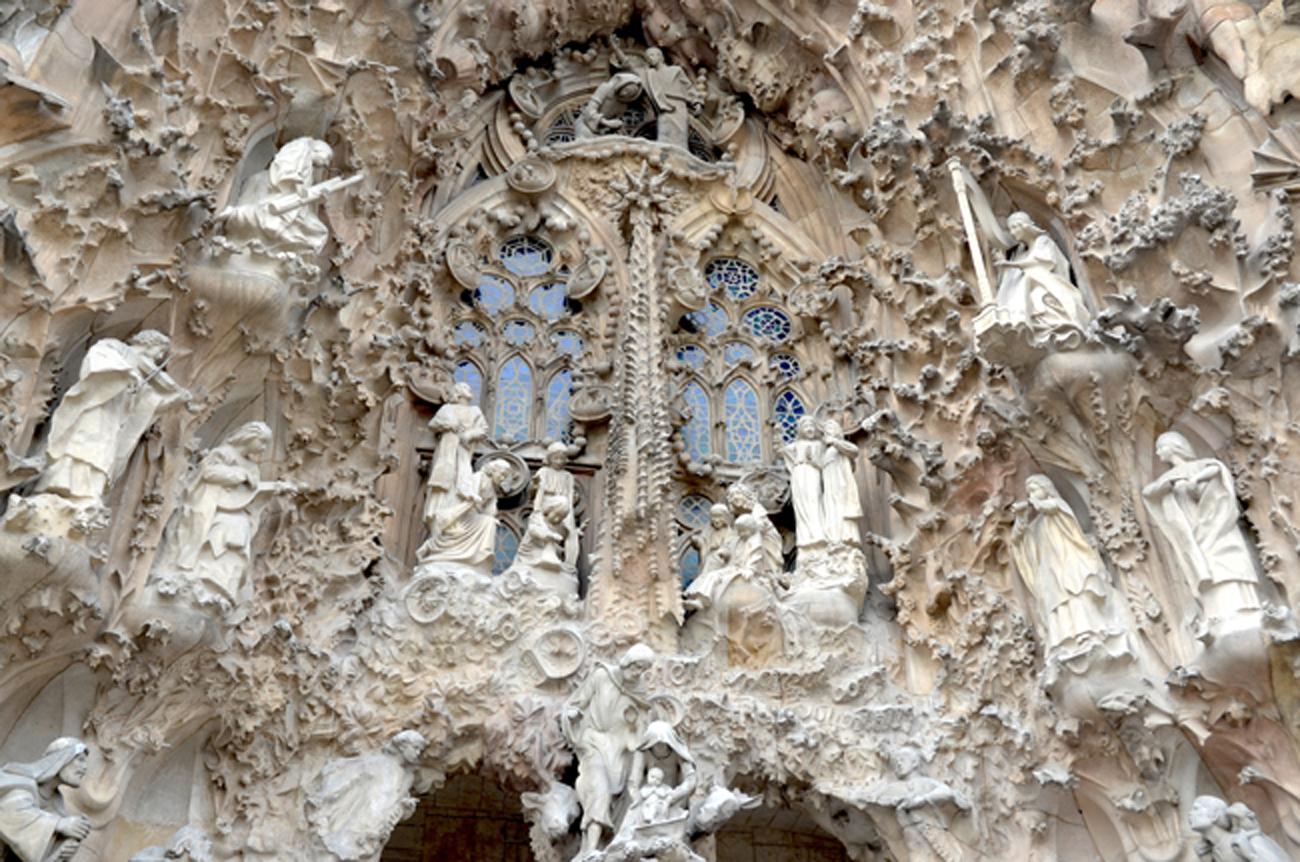 'Người điên' Antoni Gaudi và nhà thờ Sagrada Familia nổi tiếng - 4