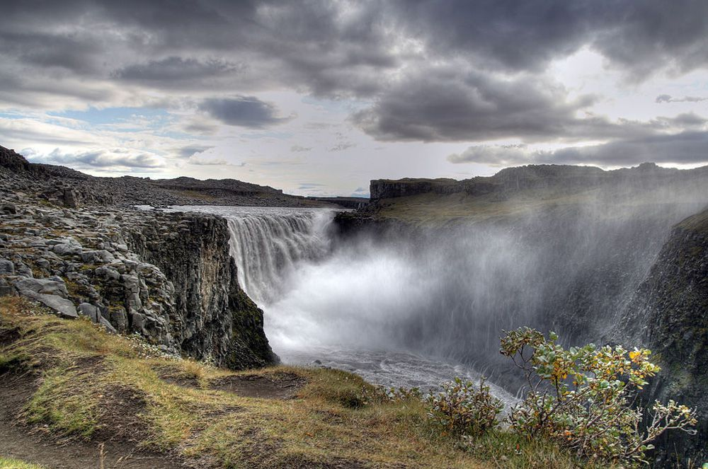 10 thác nước hùng vĩ, tráng lệ nhất trên thế giới - 3