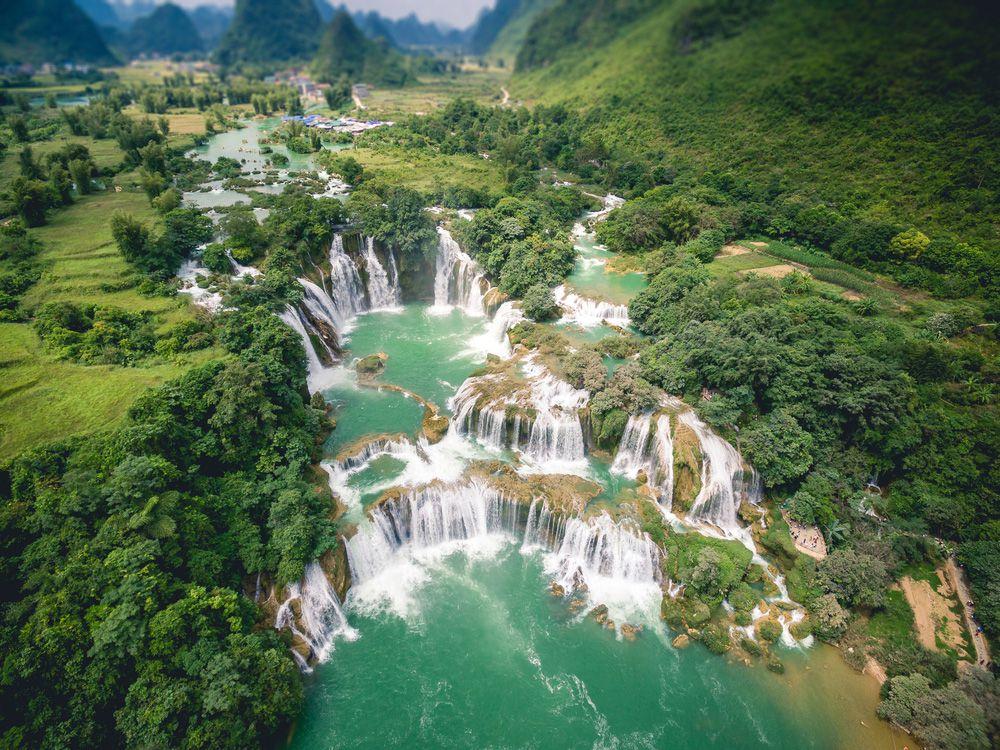 10 thác nước hùng vĩ, tráng lệ nhất trên thế giới - 2