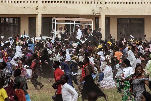 """Linh mục Moses Otii: """"Ở Trung Phi, Chúa Giêsu đã đỡ đòn cho chúng tôi"""" - 3"""