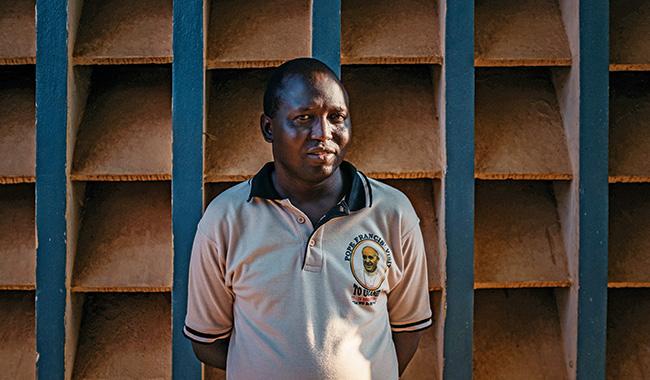"""Linh mục Moses Otii: """"Ở Trung Phi, Chúa Giêsu đã đỡ đòn cho chúng tôi"""" - 1"""