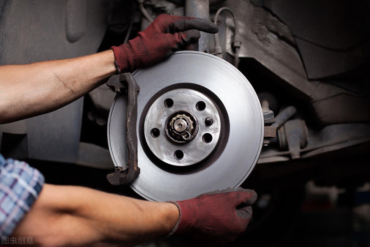 Ô tô đi 60.000 km cần bảo dưỡng và thay thế 4 bộ phận sau - 1