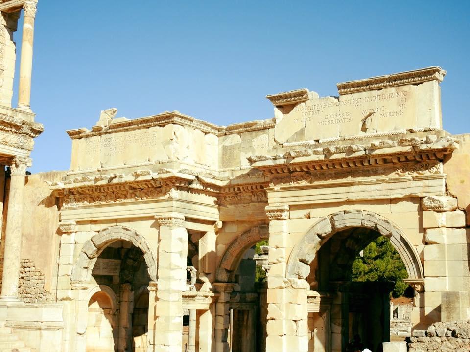 Ephesus và chuyến du hành ngược 3.000 năm - 6