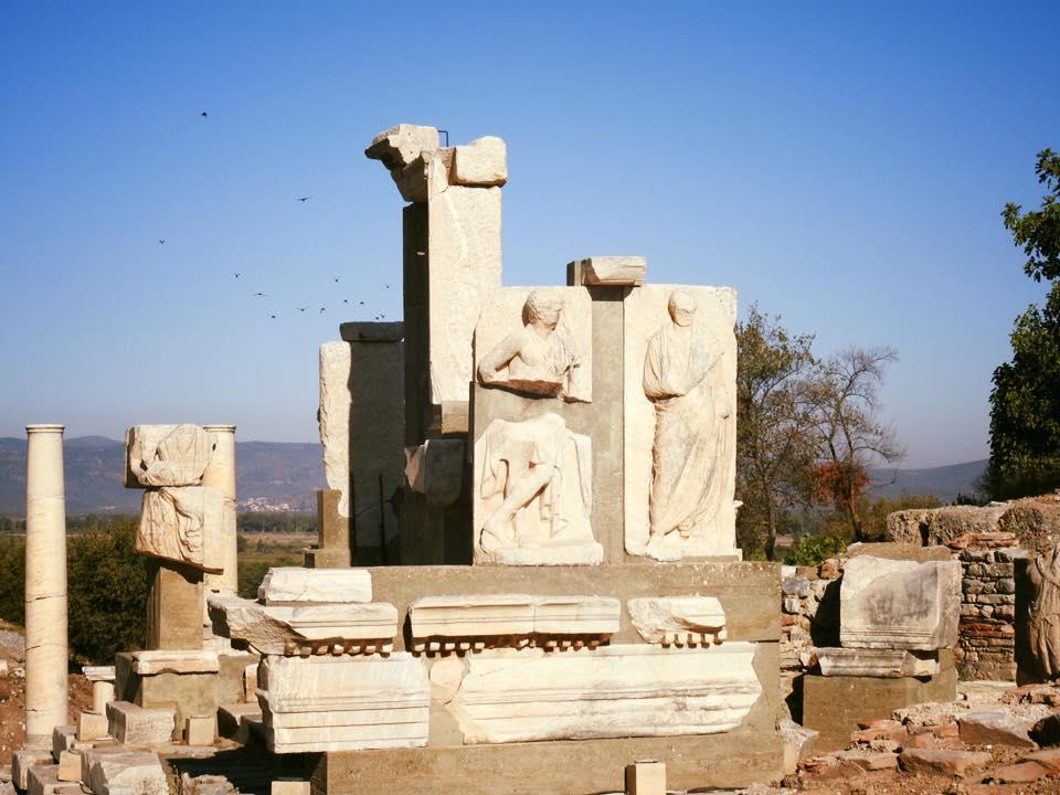 Ephesus và chuyến du hành ngược 3.000 năm - 19