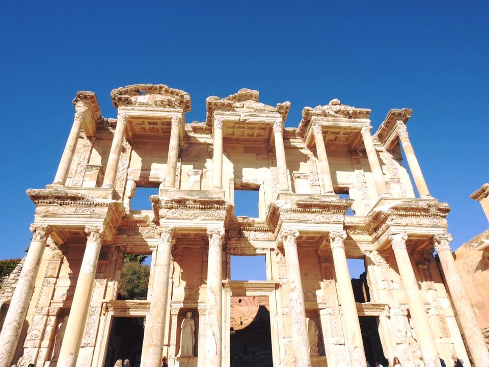 Ephesus và chuyến du hành ngược 3.000 năm - 1