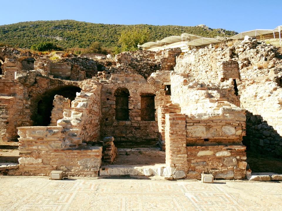Ephesus và chuyến du hành ngược 3.000 năm - 16