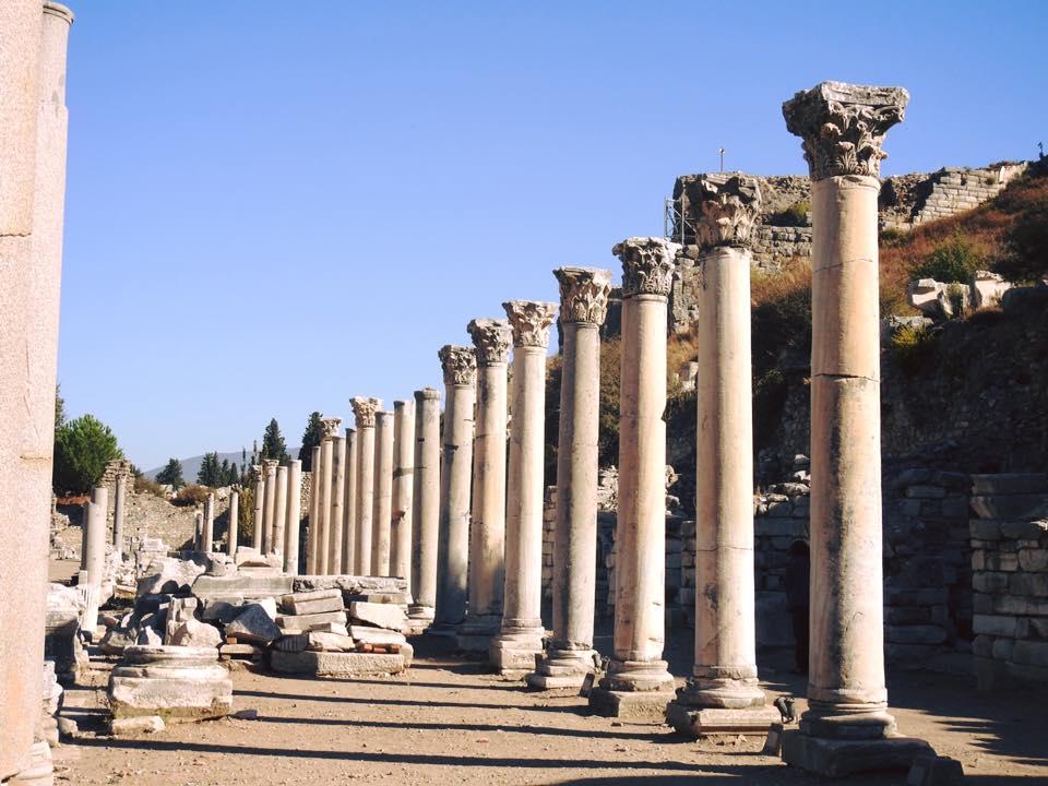 Ephesus và chuyến du hành ngược 3.000 năm - 25
