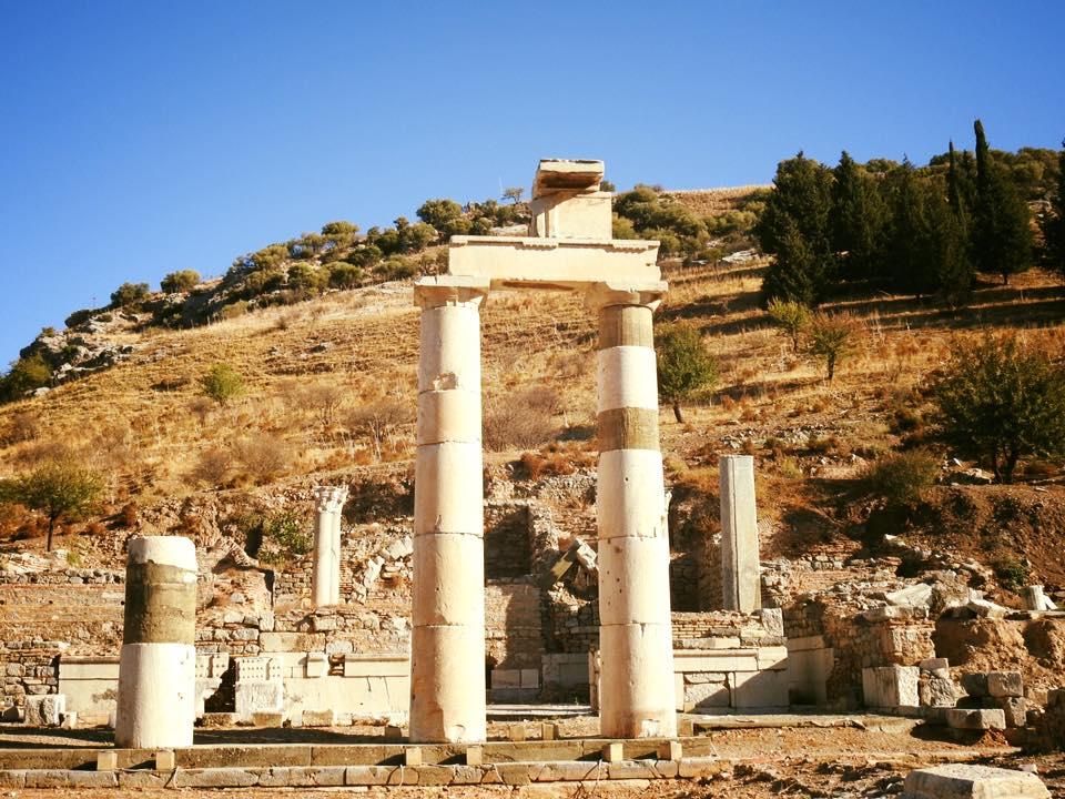 Ephesus và chuyến du hành ngược 3.000 năm - 20