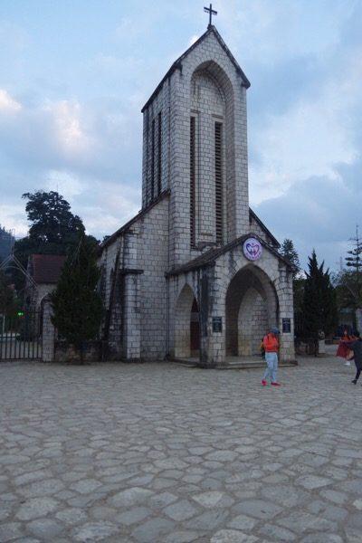 Sapa, Lào Cai, chúng ta cùng đặt nhà thờ ở giữa làng - 6