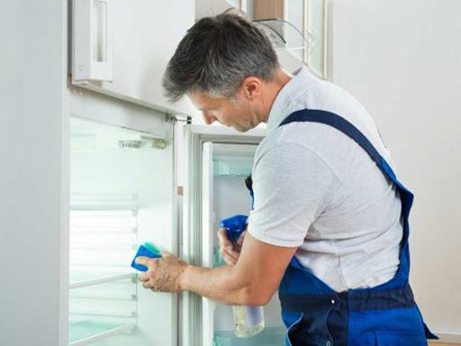 Hướng dẫn cách vệ sinh tủ lạnh: 3 bước đơn giản để tủ hết mùi & sạch - 2
