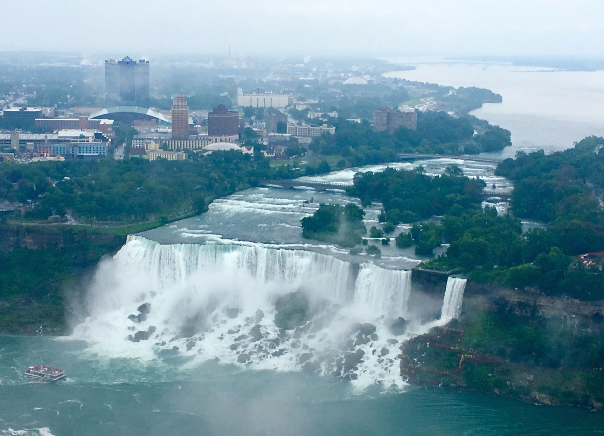 Niagara Falls, thác nước vĩ đại vùng Bắc Mỹ - 2