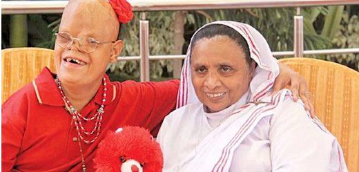 """Sơ Ruth Lewis, """"Mẹ của những người bị lãng quên"""" ở Pakistan qua đời vì coronavirus - 1"""