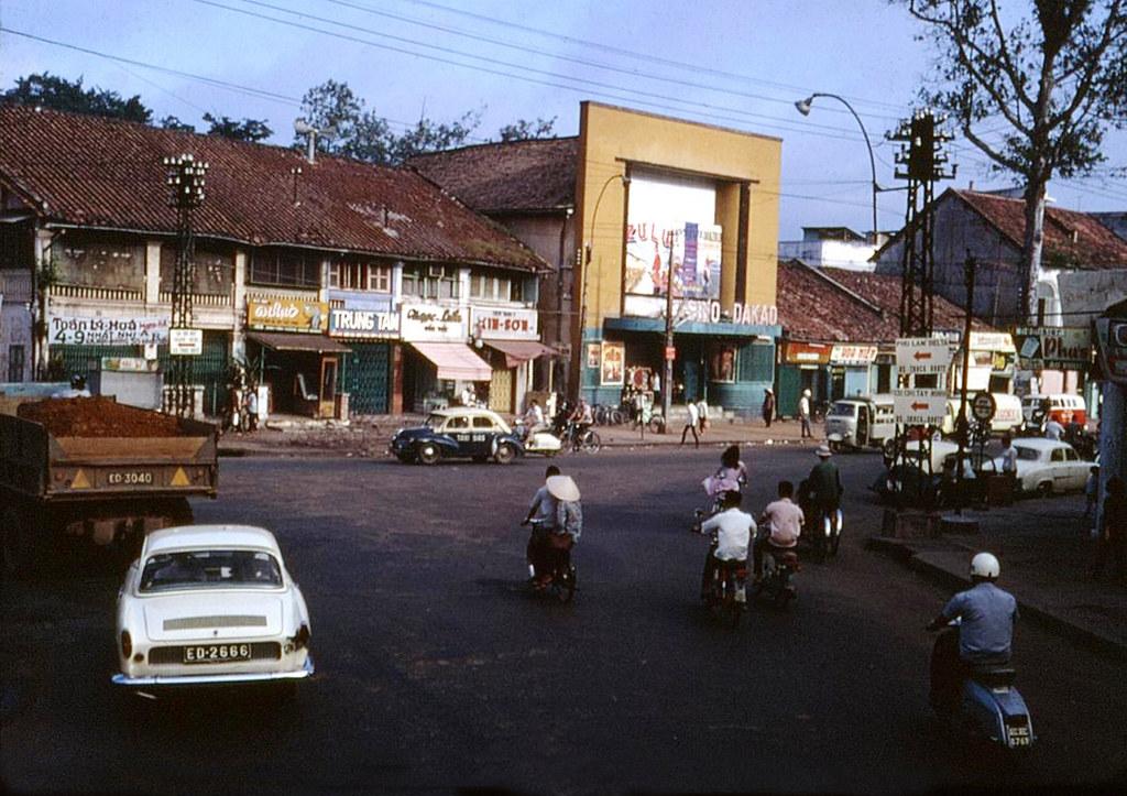 60 tấm ảnh màu đẹp nhất của đường phố Saigon thập niên 1960-1970 - 41