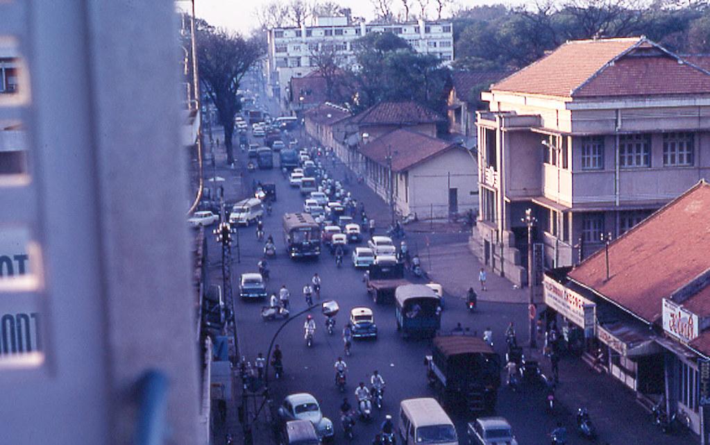 60 tấm ảnh màu đẹp nhất của đường phố Saigon thập niên 1960-1970 - 56