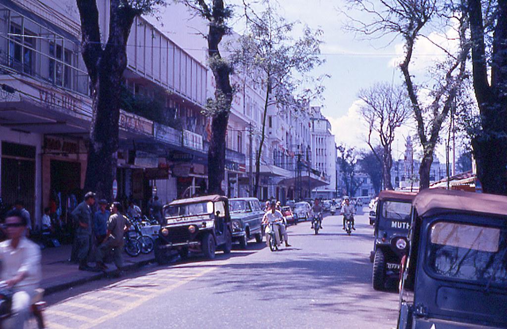 60 tấm ảnh màu đẹp nhất của đường phố Saigon thập niên 1960-1970 - 54