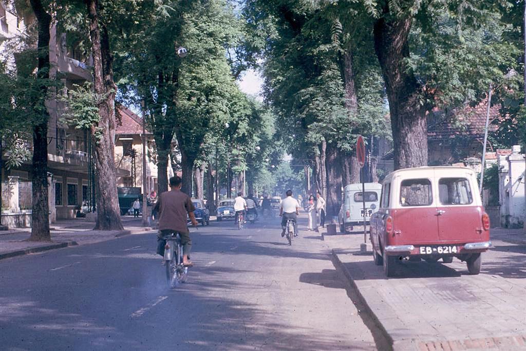 60 tấm ảnh màu đẹp nhất của đường phố Saigon thập niên 1960-1970 - 33