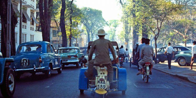 60 tấm ảnh màu đẹp nhất của đường phố Saigon thập niên 1960-1970 - 1