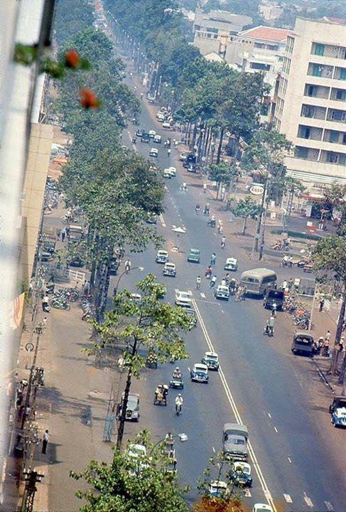 60 tấm ảnh màu đẹp nhất của đường phố Saigon thập niên 1960-1970 - 7