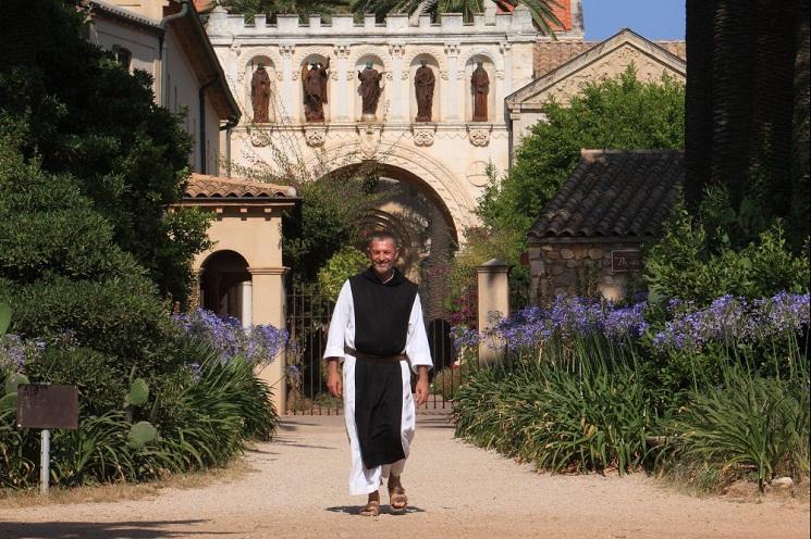 Sư huynh Maria, từ vô thần đến đan viện Lerins - 1