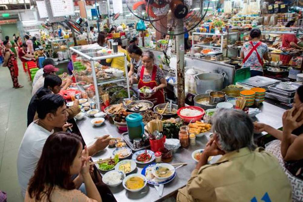 Đi chợ ăn hàng tại Sài Gòn - 1