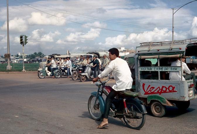 Ly kỳ tên gọi Ngã Tư Hàng Xanh (Sài Gòn) và những hình ảnh đẹp của Ngã Tư trước 1975 - 9