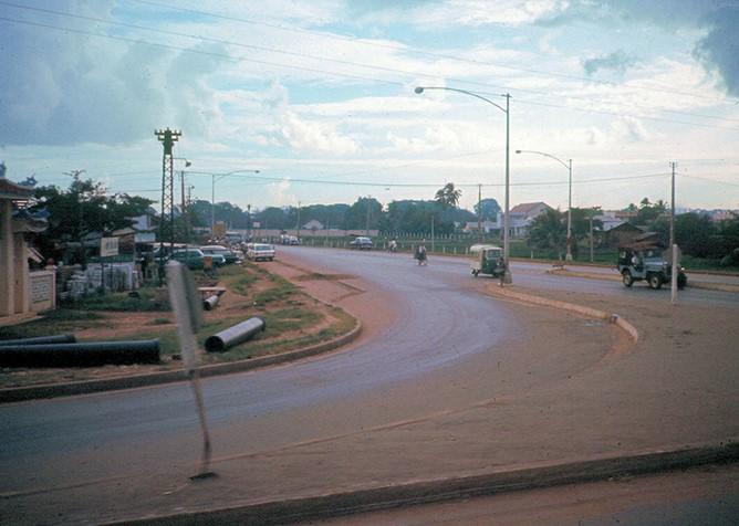 Ly kỳ tên gọi Ngã Tư Hàng Xanh (Sài Gòn) và những hình ảnh đẹp của Ngã Tư trước 1975 - 8