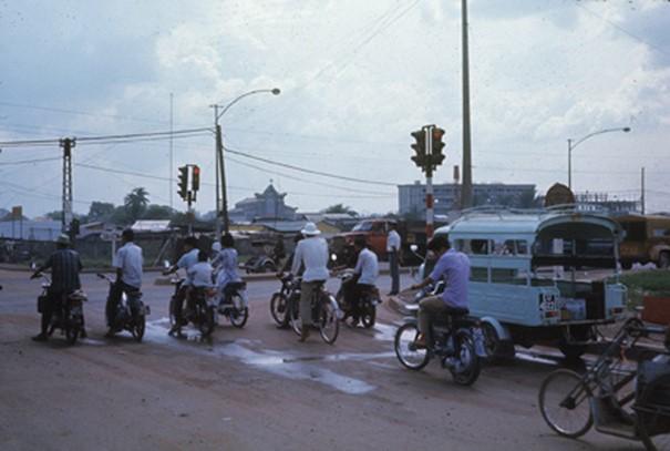 Ly kỳ tên gọi Ngã Tư Hàng Xanh (Sài Gòn) và những hình ảnh đẹp của Ngã Tư trước 1975 - 20
