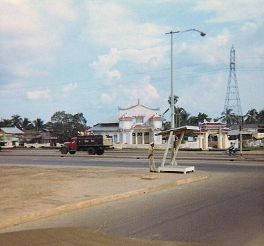 Ly kỳ tên gọi Ngã Tư Hàng Xanh (Sài Gòn) và những hình ảnh đẹp của Ngã Tư trước 1975 - 30