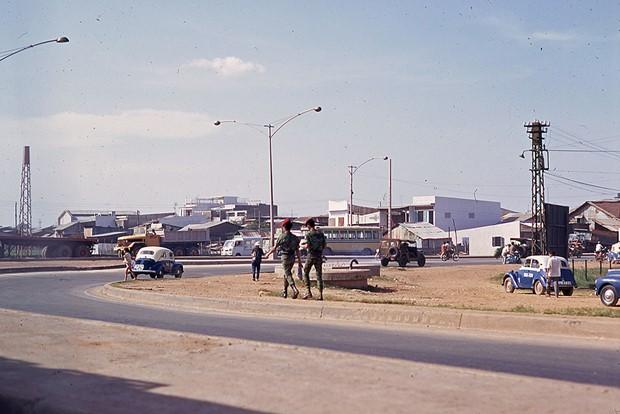 Ly kỳ tên gọi Ngã Tư Hàng Xanh (Sài Gòn) và những hình ảnh đẹp của Ngã Tư trước 1975 - 28