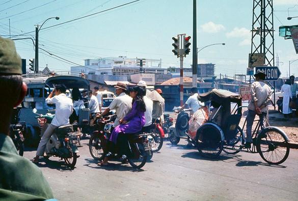 Ly kỳ tên gọi Ngã Tư Hàng Xanh (Sài Gòn) và những hình ảnh đẹp của Ngã Tư trước 1975 - 11