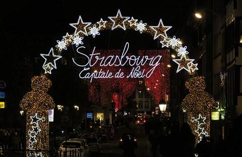 Chợ Chúa Hài Đồng - Strasbourg